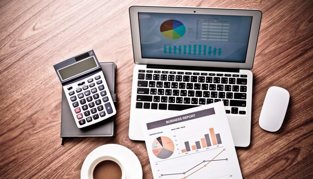 The Benefits of Using a Payroll Service